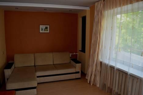 Сдается 2-комнатная квартира посуточно в Новороссийске, проспект Ленина д.69.