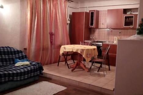 Сдается 3-комнатная квартира посуточно в Энгельсе, ул. Одесская, 87.