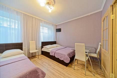 Сдается 1-комнатная квартира посуточно, 5-я Советская улица, 47.