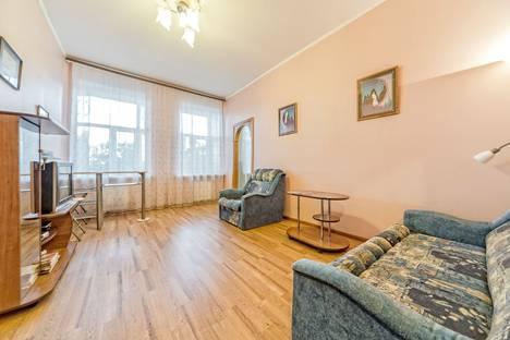 Сдается 2-комнатная квартира посуточно в Санкт-Петербурге, Витебская улица, 27.