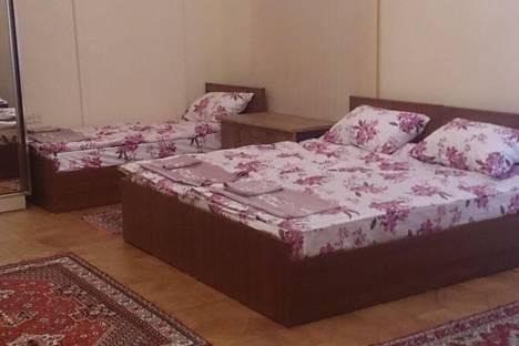 Сдается 2-комнатная квартира посуточно в Баку, Azerbaijan,23 Istiglaliyyat.