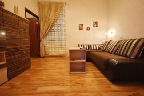 Сдается 2-комнатная квартира посуточнов Санкт-Петербурге, набережная канала Грибоедова, 100.