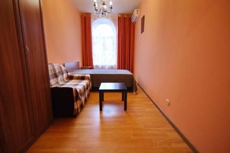 Сдается 2-комнатная квартира посуточнов Санкт-Петербурге, улица Рубинштейна, 3.