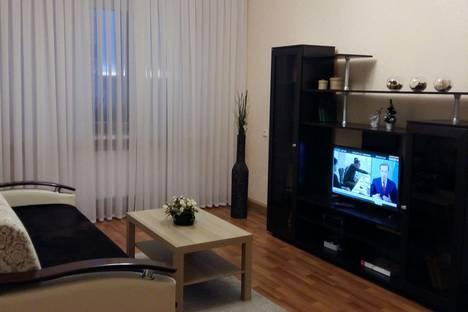 Сдается 2-комнатная квартира посуточно в Альметьевске, улица Рината Галеева 27.