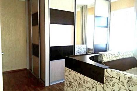 Сдается 1-комнатная квартира посуточно в Якутске, ул. Кирова 29/1.