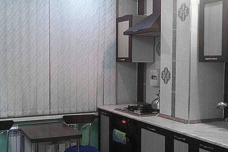 Сдается 1-комнатная квартира посуточно в Якутске, ул. Курашова, 44.