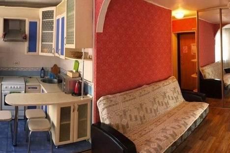 Сдается 2-комнатная квартира посуточно в Хабаровске, ул. Фрунзе, 101.