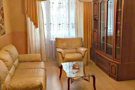 Сдается 2-комнатная квартира посуточно в Ростове-на-Дону, Буденновский проспект 94/72.