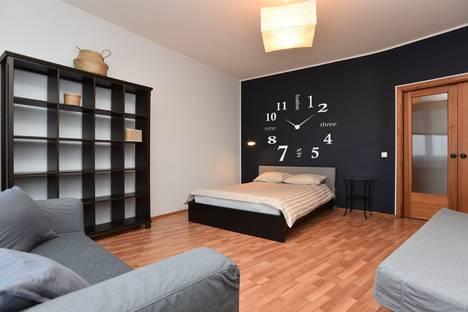 Сдается 1-комнатная квартира посуточно в Екатеринбурге, улица Малышева 4 б.