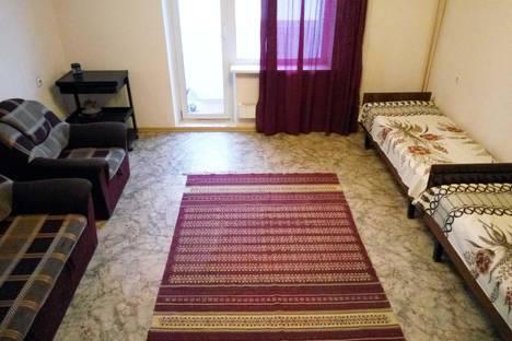 Сдается 2-комнатная квартира посуточно в Миассе, проспект Макеева, 54.
