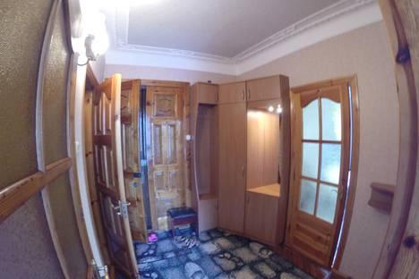 Сдается 2-комнатная квартира посуточно в Алупке, Крым,дом 6 ул. Ульяновых.