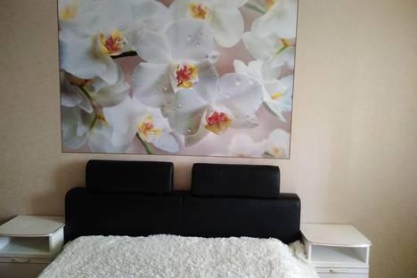 Сдается 1-комнатная квартира посуточно в Челябинске, улица Комсомольский проспект дом 124.