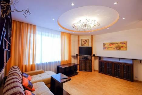 Сдается 2-комнатная квартира посуточно в Томске, улица Розы Люксембург, 19.