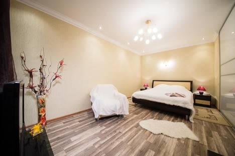 Сдается 1-комнатная квартира посуточно в Саратове, улица Соколовая 10/16.