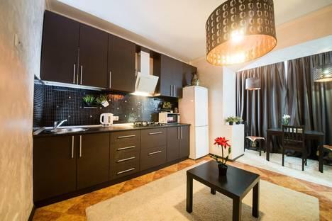 Сдается 1-комнатная квартира посуточно в Саратове, улица Чапаева, 38/40.