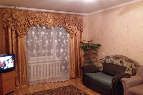 Сдается 2-комнатная квартира посуточнов Ишиме, ул. Большая, д.171.