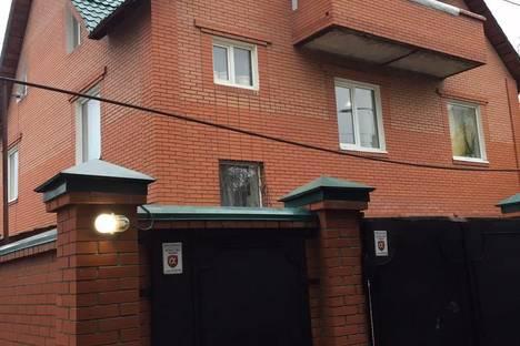 Сдается коттедж посуточнов Новокуйбышевске, улица Кольцевая 35.