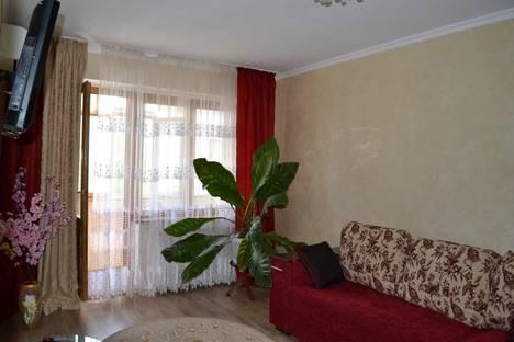 Сдается 2-комнатная квартира посуточно в Симферополе, Куйбышева 31.