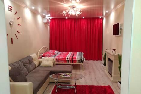 Сдается 1-комнатная квартира посуточно в Симферополе, Тургенева 15.