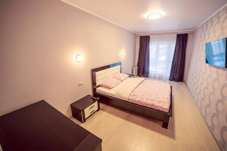 Сдается 2-комнатная квартира посуточно в Уфе, улица Октябрьской Революции 23 а.