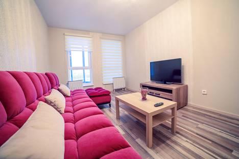 Сдается 2-комнатная квартира посуточно в Уфе, улица Октябрьской Революции 19 б.