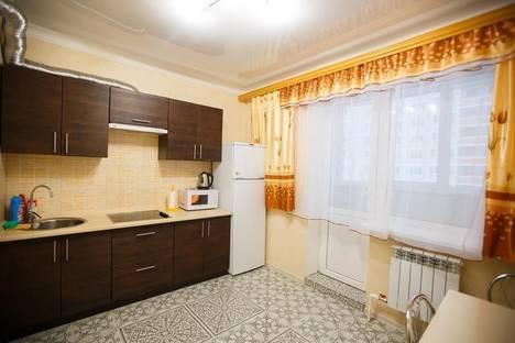 Сдается 1-комнатная квартира посуточно в Брянске, ул. Крахмалева 55/1.
