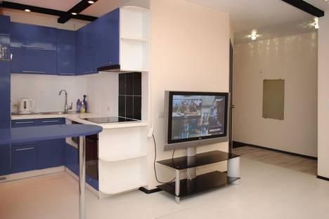 Сдается 3-комнатная квартира посуточнов Златоусте, улица 40 лет Победы, 9.
