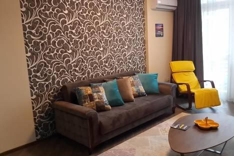 Сдается 2-комнатная квартира посуточнов Кобулети, Batumi, 16 улица Пиросмани.