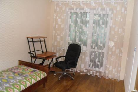Сдается 3-комнатная квартира посуточнов Сызрани, Звездная улица, 34.