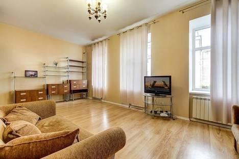Сдается 2-комнатная квартира посуточнов Санкт-Петербурге, Гороховая улица, 55.