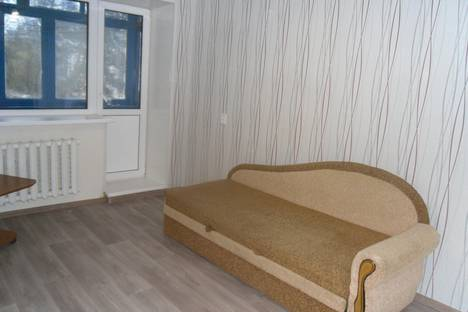 Сдается 2-комнатная квартира посуточно в Сызрани, проспект Гагарина 15.