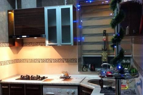 Сдается 3-комнатная квартира посуточнов Ташкенте, Нукусская ул., 89.