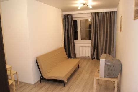 Сдается 2-комнатная квартира посуточно в Долгопрудном, проспект Ракетостроителей, 3.