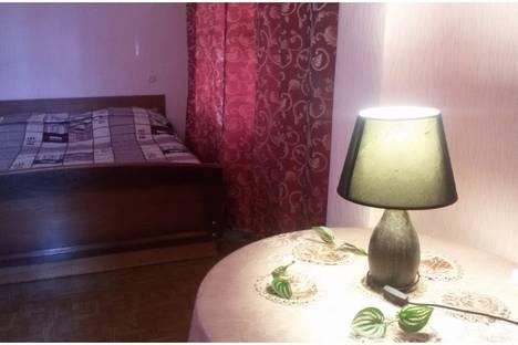 Сдается 1-комнатная квартира посуточно в Ухте, ул Севастопольская дом 3.