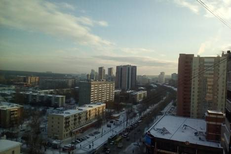 Сдается 1-комнатная квартира посуточнов Екатеринбурге, улица Белинского, 156.
