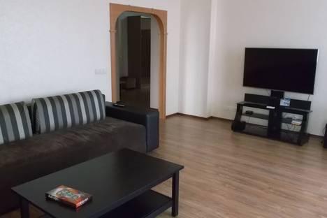 Сдается 3-комнатная квартира посуточнов Новосибирске, улица Семьи Шамшиных 24/2.