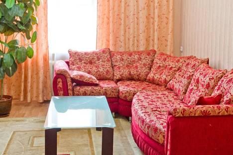 Сдается 3-комнатная квартира посуточно, проспект Ленина, 80.