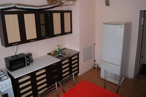 Сдается 6-комнатная квартира посуточнов Балакове, бульвар Роз, 13.