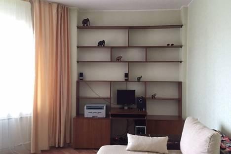 Сдается 1-комнатная квартира посуточно в Якутске, улица Стадухина 82/2.