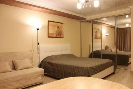 Сдается 1-комнатная квартира посуточно в Краснодаре, улица Красная, 20.