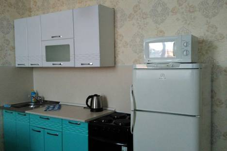 Сдается 1-комнатная квартира посуточно в Омске, проспект Мира, 20.