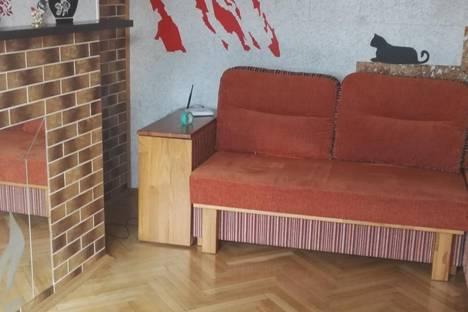 Сдается 2-комнатная квартира посуточно в Ялте, Московская ул., 27.