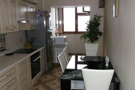 Сдается 2-комнатная квартира посуточно в Форосе, Космонавтов, 24.