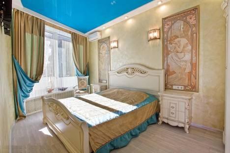 Сдается 2-комнатная квартира посуточнов Ливадии, улица Коммунаров, 1.