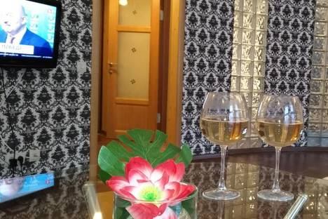 Сдается 1-комнатная квартира посуточно во Владимире, ул. Большая Нижегородская, 27а.