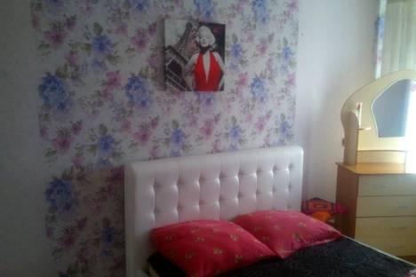 Сдается 2-комнатная квартира посуточно в Ачинске, 4 микрорайон, д.6.