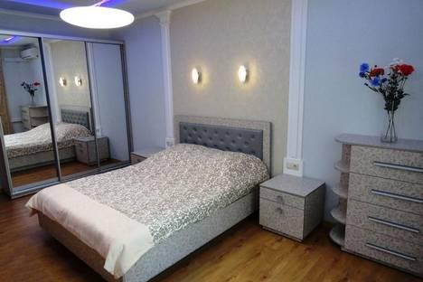 Сдается 2-комнатная квартира посуточно в Ялте, Киевская улица, 14.