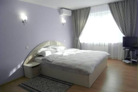 Сдается 1-комнатная квартира посуточно в Кишиневе, Кишинёв, улица Куза Водэ 34/1.