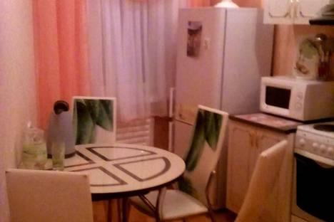 Сдается 2-комнатная квартира посуточнов Братске, Центральный район, бульвар Космонавтов, д.7.