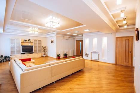 Сдается 3-комнатная квартира посуточно в Кишиневе, ул.Лев Толстой 24/1.